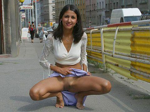 黒ギャルもびっくりの褐色の肌!インド系美人のヌード画像にチンポがビンビンですよwww