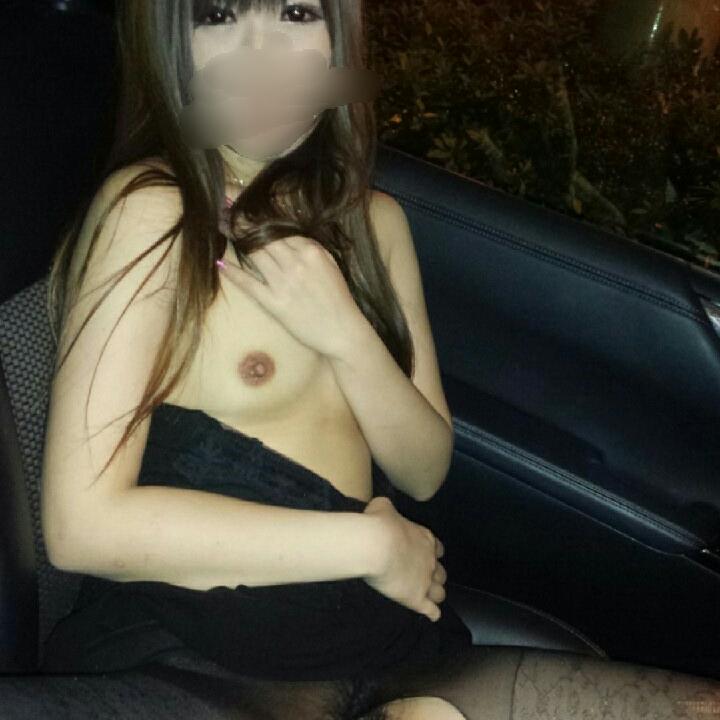 【素人カーセックスエロ画像】マジか…彼氏が車もってると素人娘はここまでスケベになるのかwww その12