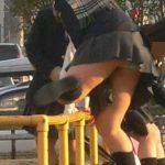 女子●生のスカート丈が短すぎぃぃぃ!成長期の下半身がぐぅエロな街撮りエロ画像wwww